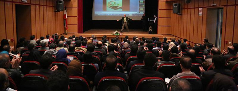 دانش آموختگان دوره های آموزشی دکتر جهانگیری