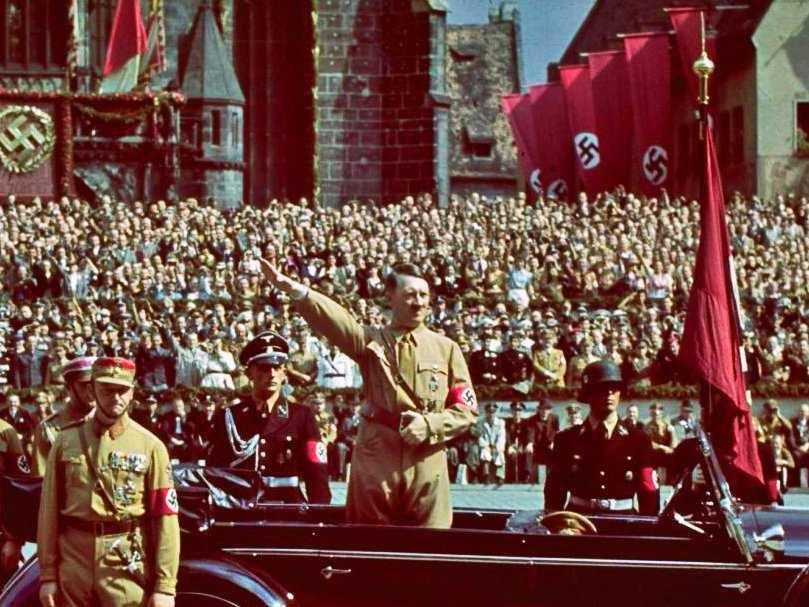 چرا هیتلر سخنران بسیار موفقی بود؟