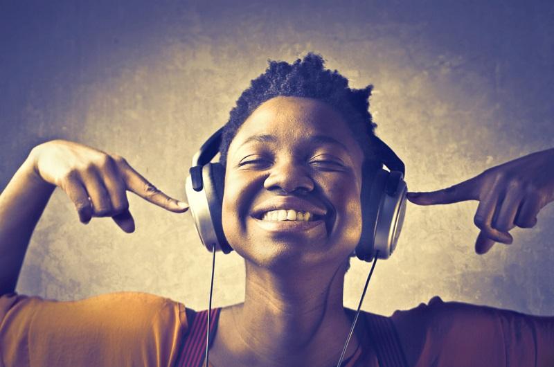 مهارت گوش دادن در یادگیری زبان انگلیسی